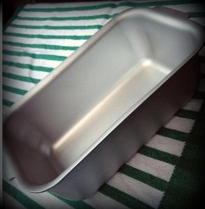 Silverwood bread tin (2)-001