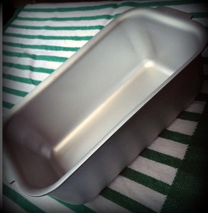 Silverwood bread tin (2)-001